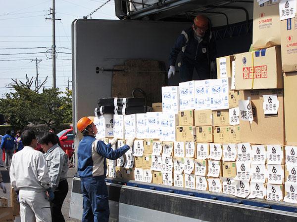 東日本大震災における緊急支援の様子1