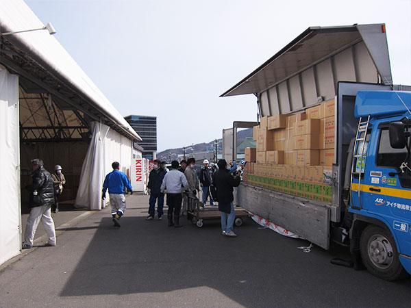 東日本大震災における緊急支援の様子6